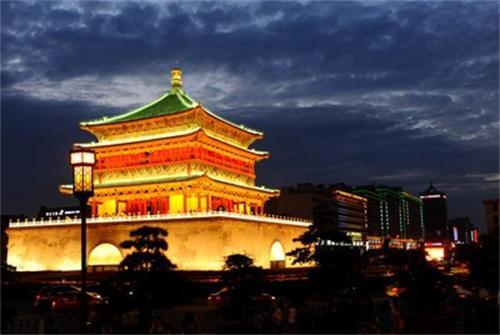 西安兵马俑、大雁塔广场双卧四日游
