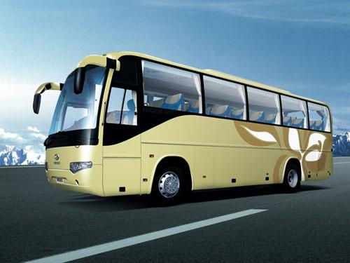 旅游大巴车